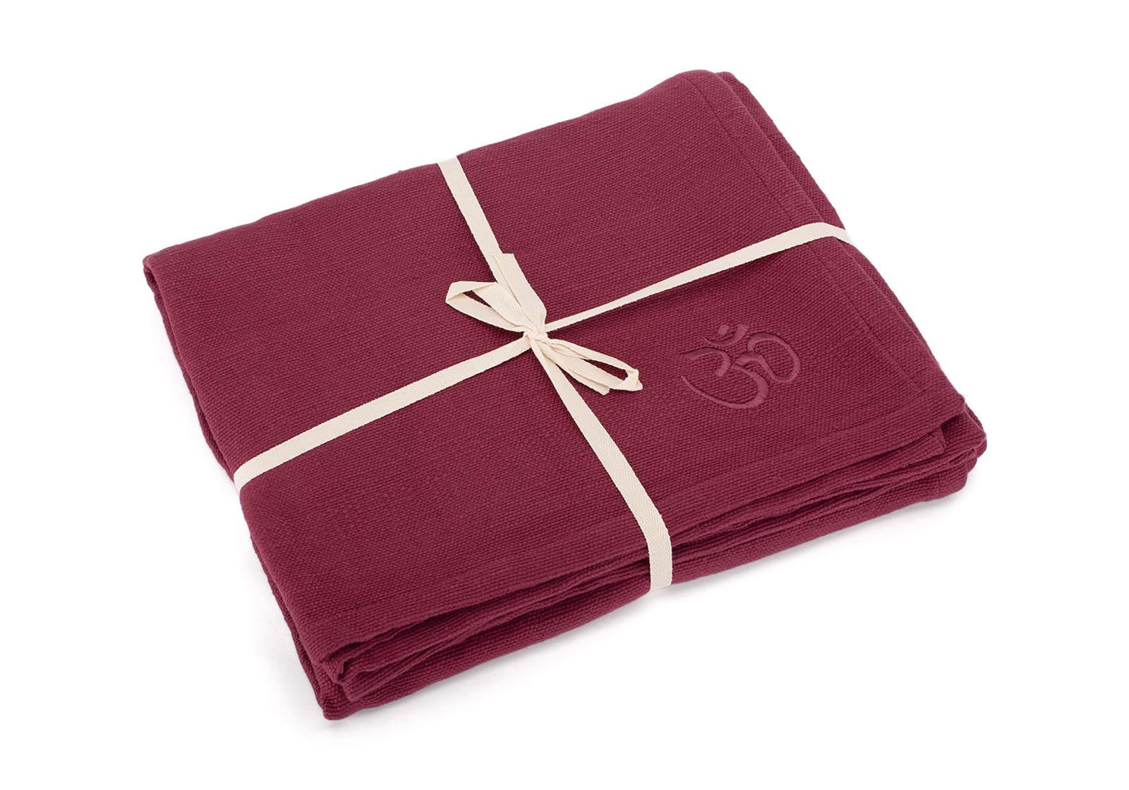 Bodhi_Yoga-blanket-SHAVASANA_cotton-burgundy_2.jpg