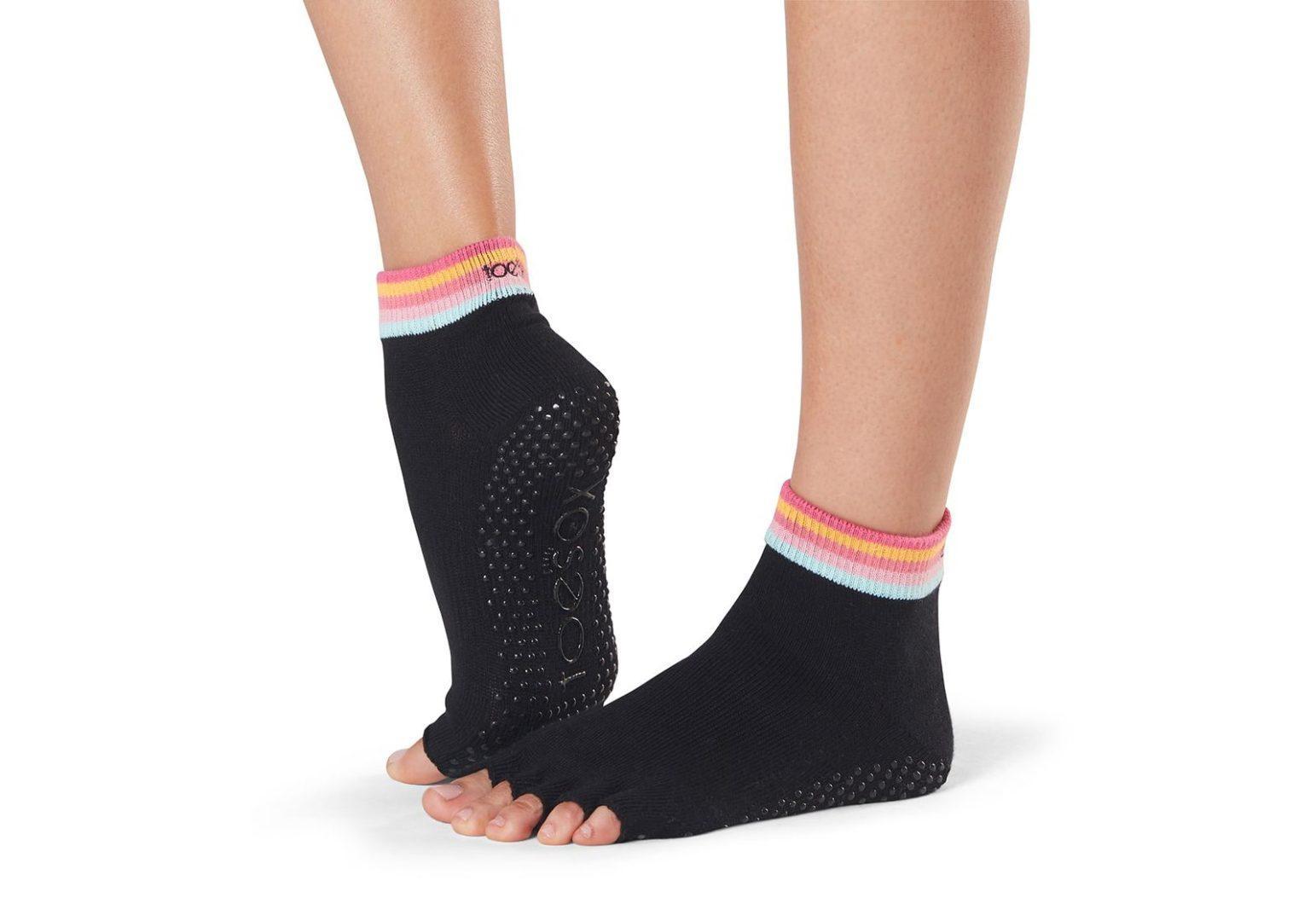 Noski-Dlya-Yogi-Half-Half-Toe-Ankle-Grip_Retro_1.jpg