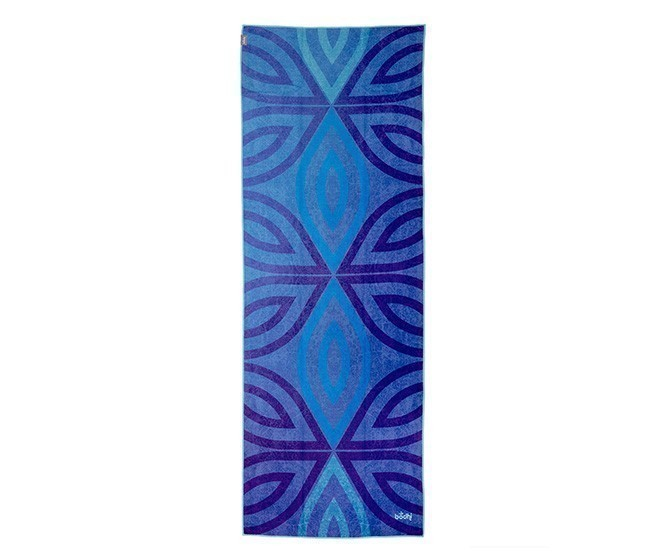 abm_yoga_yogatuch_grip_2_towel_blue_moon_above.jpg