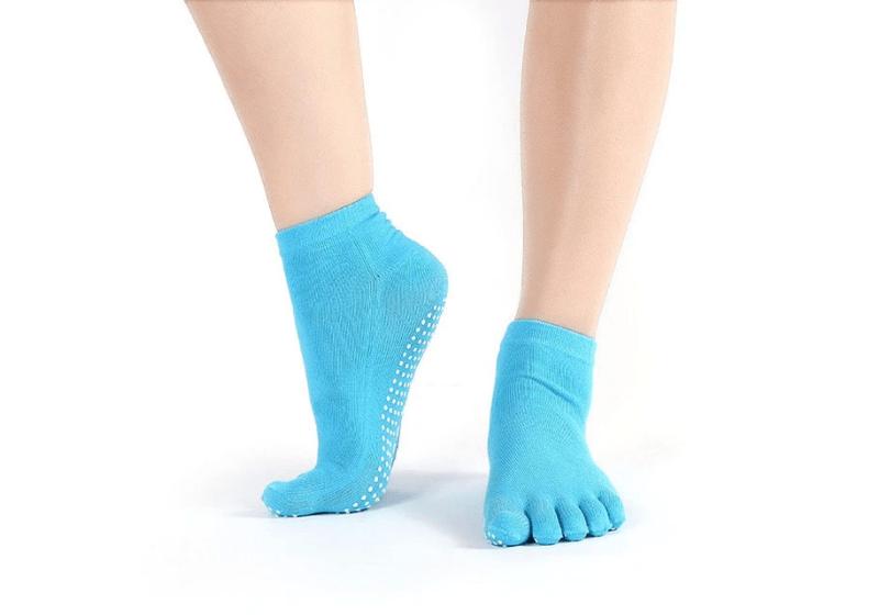 noski-dlya-jogi-zakrytye-sharlotte-rao-socks-blue-wd-4.png