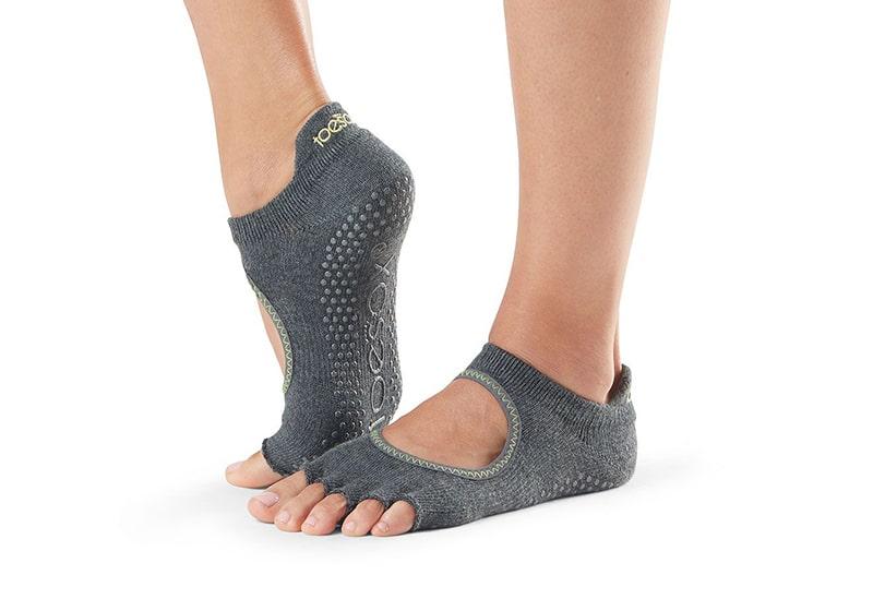 socks_grip_bellarina_ht_charcoal-w_lime_1.jpg