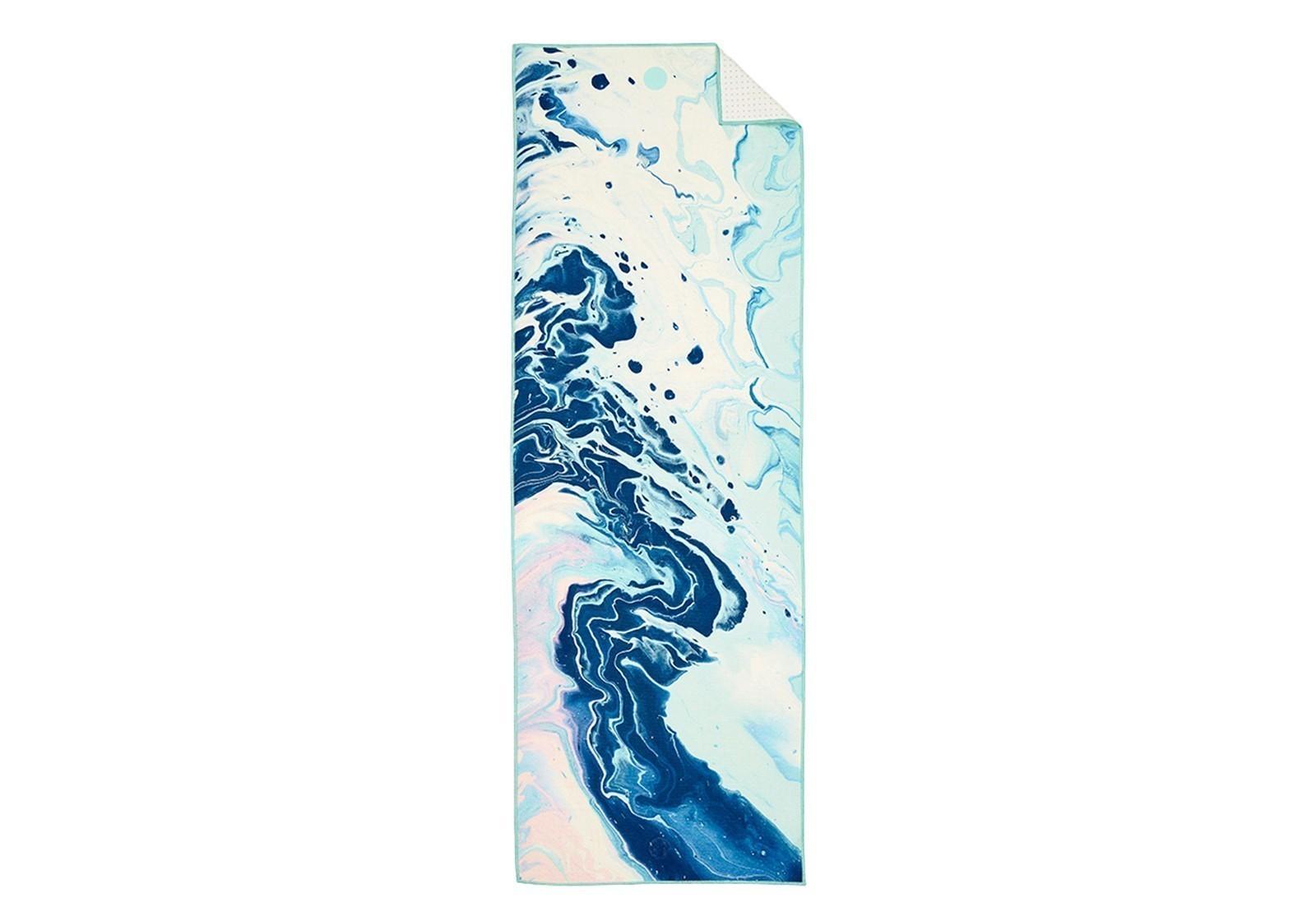 Manduka-yogitoes-yoga-towel-ocean-swell