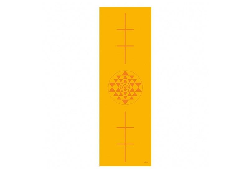 896ys_yoga_leela_yogamatte_print_yantra_saffron
