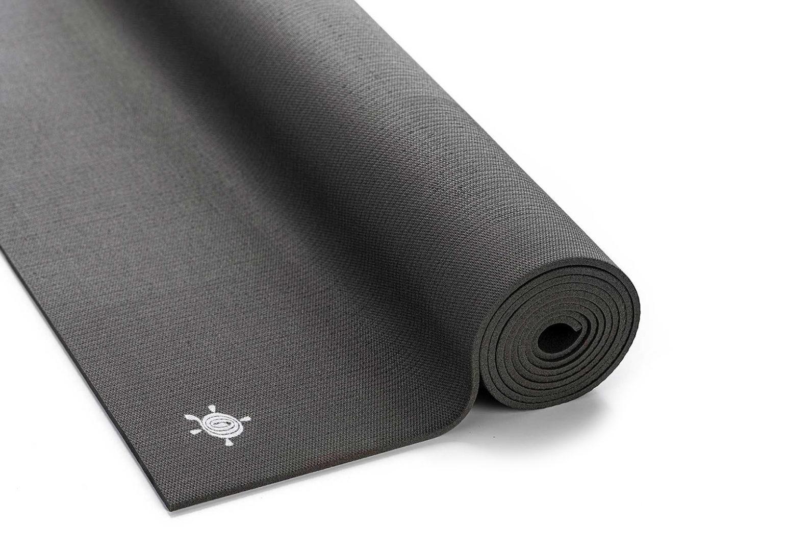 Kurma_yoga_mat_grip-lite_anthracite1-1543×1080